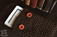 nook or kindle case crochet pattern, with how to moss stitch