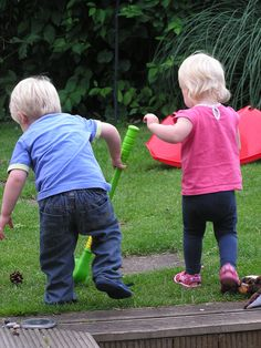 Outside play party - It is so magical to watch small children learning through the power of play! They are discovering who they are, how the world works and how they fit into the world. Truly amazing!