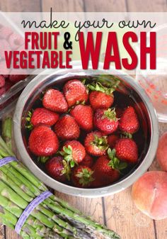 How to Clean Your Produce so it& safe to eat, try this DIY Fruit & Vegetable Wash for cleaning your fruit and vegetables that are store bought. Fruit And Vegetable Wash, How To Wash Vegetables, Organic Fruits And Vegetables, Vegetable Garden, All You Need Is, Clean Eating, Healthy Eating, Healthy Cooking, Healthy Food