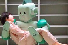Sci-fi bridges reality: 5 ways robots are invading—and improving—hospitals