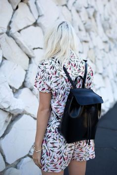 Mansur Gavriel Mini Back Pack in Black will be added to my list. Daily Fashion, Spring Fashion, Backpack Outfit, Faux Leather Backpack, Leather Backpacks, Casual Street Style, Facon, Girls Wear, Black Faux Leather