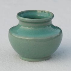 Frank Potteries' vase, ca. 1933-34. No mold number, assigned #289 for reference only. Early blue/green glaze. The company became Frankoma Pottery later in 1934.