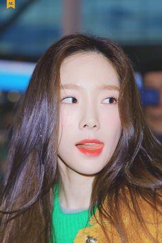 Snsd, Sooyoung, Yoona, Taeyeon Gif, Jessica Jung, Girls Generations, K Pop, Yuri, Taeyeon Fashion