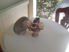 Dollhouse Miniature Half Inch Scale cupcakes by SpykerMiniatures, $8.99