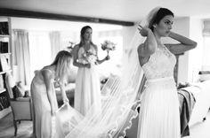 Polly-Alexandre-English-Country-Wedding-bride-veil3