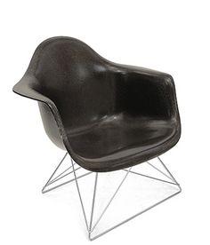 Eames _ fiberglass chair