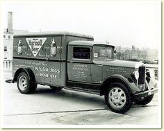 GMC ?  Marinoff Beer delivery truck
