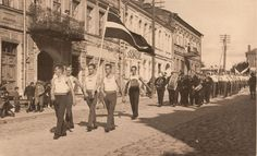 Daugavpils 1920 - 1940 - soļo ģimnāzisti