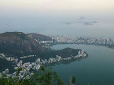 Bahia de Guanabara vista do Cristo Redentor ao anoitecer/RJ/2012