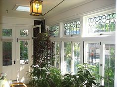Sunrooms were a popular Arts & Crafts design feature. Even small bungalows often sported a hexagonal sunroom tucked into a corner. Craftsman Porch, Craftsman Interior, Craftsman Style, Bungalow Porch, Home Crafts, Arts And Crafts, Prairie Style Houses, Bungalow Renovation, Craftsman Bungalows