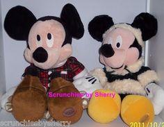 2 Disney Store PJ's Mickey & Santa Minnie Mouse Christmas Plush Stuffed Toys