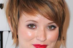 Google Image Result for http://slodive.com/wp-content/uploads/2012/06/short-hairstyles-for-thin-hair/make-with-short-hair.jpg
