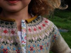 cardigan porcelaine by Sandrine and Co.love the Liberty-print button tape detail-really great idea. cardigan porcelaine by Sandrine and Co.love the Liberty-print button tape detail-really great idea. Knitting For Kids, Baby Knitting Patterns, Knitting Projects, For Elise, Fair Isle Knitting, Liberty Print, Baby Sweaters, Dressmaking, Knitwear