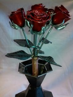 Half dozen roses, took all week and a little overtime but got them done.