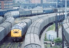 40152 whistles to itself amid the vans at Redbank Carriage sidings, Manchester, Electric Locomotive, Diesel Locomotive, Uk Rail, National Rail, Train Companies, Train Room, Liverpool Street, Train Service, Europe