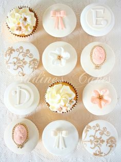 Love this! Blush, ivory, white and gold cupcakes.