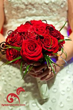Red bouquets make a bold statement.