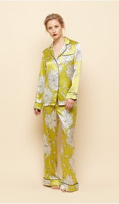 Lila Joy Silk Pyjamas Olivia Von Halle very chic in bed