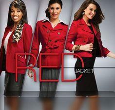 """O que significa o Blazer Vermelho na Mary Kay? A Sra. Mary Kay Ash queria visualizar no Seminário quem eram as futuras líderes que estavam na platéia, resolveu então implementar o Blazer Vermelho (Red Jacket) para as Consultoras que estavam crescendo na carreira. Assim se destacavam na multidão. As red deixaram de ser apenas mais uma """"cabecinha""""e se tornaram RED JACKETS!"""