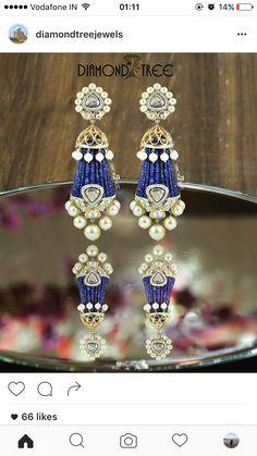 Pinterest : @bhavi91 Diamond Earrings Indian, Diamond Chandelier Earrings, Indian Wedding Jewelry, Bridal Jewelry, Bridal Jewellery Inspiration, Gold Earrings Designs, India Jewelry, Stylish Jewelry, Jewelry Patterns