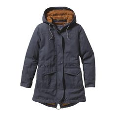 The Women's Insulated Prairie Dawn Parka is a mid-length work-wear-inspired ranch coat made with 100% organic cotton canvas. Check it out at Patagonia.com.