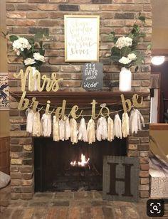 Simple Bridal Shower, Bridal Shower Flowers, Bridal Shower Centerpieces, Bridal Shower Rustic, Bridal Shower Favors, Bridal Showers, Party Favors, Rustic Bridal Shower Decorations, Bridal Shower Planning
