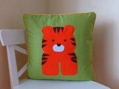 Into the Woods...(or Zoo) CRAFT HOUR #TreasuryTuesday by Mandy C. on Etsy