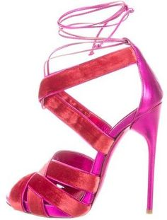352286ebfaa8 Tom Ford Metallic Even Sandals  356