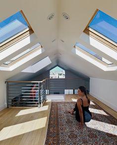 love skylights... ohhhhh I want a yoga room with skylights in my attic!