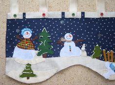 Resultado de imagen para moldes cenefa navideña patchwork Christmas Love, Christmas Crafts, Christmas Decorations, Xmas, Holiday Decor, Winter Quilts, Penny Rugs, Felt Ornaments, Christmas Inspiration