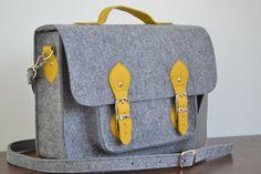 Laptop Bag 15 in with leather strap Felt Satchel Crossbody