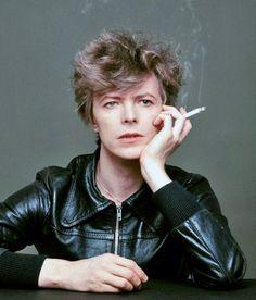 "David Bowie's ""Heroes"" Cover Shoot: The Outtakes: Masayoshi Sukita   Retronaut"