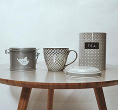 Lust auf Teatime? ☺️☕️ Und Lust auf 15% Rabatt? 🎉 Bei einen Kauf ab 4 Produkten aus unserem Tee- & Kaffee Sortiment schenken wir dir 15% auf Deinen Einkauf, mit dem Rabattcode: TEATIME 😊 Dazu gehören alle Tassen, Latte Cups, Teekannen, To Go Becher sowie Tee & Kaffeesorten. Schau doch mal vorbei und gönn dir einen leckeren Tee bei den eisigen Temperaturen. ❄️ #pinkmilk #pinkmilkshop #teatime #rabatt #rabattcode