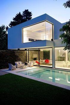 60 Fachadas de Casas modernas de un Piso y dos Pisos – Información imágenes #casasminimalistasideas