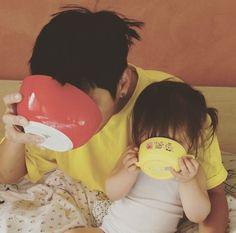 Read The kids- 2 from the story Dunia Terbelok Cute Asian Babies, Korean Babies, Asian Kids, Cute Babies, Asian Child, Father And Baby, Dad Baby, Baby Kids, Cute Family