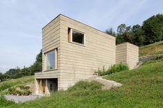 Neubau Lehmhaus Rauch | Schlins, Austria | Boltshauser Architekten | photo by Martin Rauch