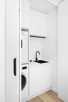 Laundry In Kitchen, Laundry Cabinets, Modern Laundry Rooms, Laundry Closet, Laundry Room Storage, Laundry In Bathroom, Small Bathroom, Ikea Laundry, European Laundry