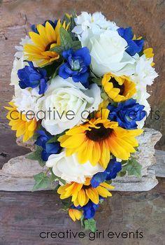 WILD BLUE Sunflower Daisies19 Piece Cascade by CreativeGirlEvents
