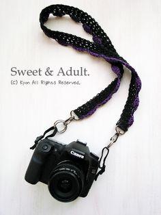 crochet camera Strap for digital SLR cameras. Camera Strap Cover, Camera Case, Crochet Camera, Digital Slr, Yarn Crafts, Cameras, Knit Crochet, Personalized Items, Knitting