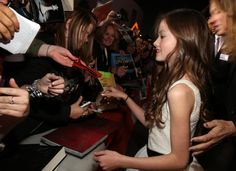 Mackenzie Foy with our group!!