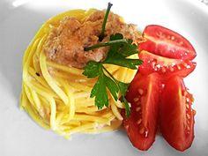 Chitarrina con crema di baccalà e pomodorini pachino