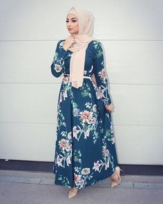 Pinned: MrsRawabdeh Eid Outfits, Modest Outfits, Stylish Outfits, Dress Outfits, Fashion Outfits, Abaya Fashion, Muslim Fashion, Modest Fashion, Modele Hijab