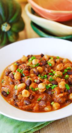 Pumpkin chili with black beans and garbanzo beans.  Yummy and healthy: gluten-free, low carb, low fat, vegetarian,.  Healthy, full of antioxidants | JuliasAlbum.com | Vegetarian food, Fall pumpkin recipes, pumpkin soups and stews
