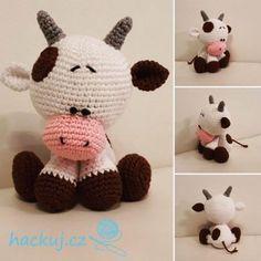 Pattern Cute little crochet cow Crochet Toys Patterns, Amigurumi Patterns, Stuffed Toys Patterns, Crochet Cow, Free Crochet, Animal Hats, Doll Tutorial, Amigurumi Toys, Loom Knitting