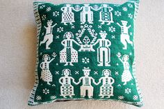 joli-panier: Poland Janov texture cushion cover, textile, green, handwork - Purchase now to accumulate reedemable points! Living Room Pillows, Cushion Covers, Weaving, Goodies, Cushions, Textiles, Japan, Basket, Sweet Like Candy