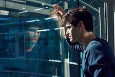 Shadowhunters ... Matthew Daddario as Alec Lightwood