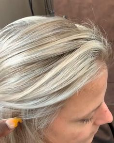 Trendy styles for modern bobsleigh hairstyles for fine hair - - Blond Hairstyles, Short Hairstyles Over 50, Short Hair Updo, Diy Hairstyles, Short Hair Styles, Rebonded Hair, Latest Hair Color, How To Lighten Hair, Cool Blonde