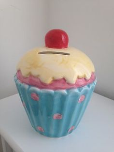 #Ceramic #cupcake #moneybox,  View more on the LINK: http://www.zeppy.io/product/gb/2/311548972609/