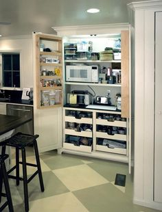 Traditional Kitchen Pantry Design, Pictures, Remodel, Decor and Ideas - page 4 Kitchen Pantry Design, Kitchen Redo, Kitchen Storage, Kitchen Remodel, Kitchen Ideas, Pantry Storage, Door Storage, Kitchen Photos, Kitchen Organization