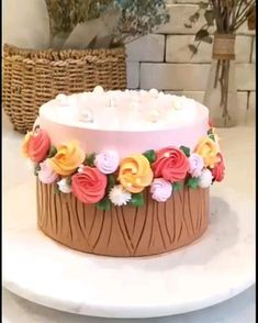 Buttercream Cake Designs, Buttercream Cake Decorating, Cake Decorating Designs, Creative Cake Decorating, Cake Decorating Techniques, Cake Decorating Tutorials, Creative Cakes, Cookie Decorating, Rodjendanske Torte